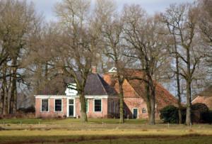 De Waalborg na restauratie van het dak van de schuur in 2014.