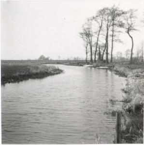 Het Peizerdiep in Foxwolde ter hoogte van Bommelier (foto Archief Chr. Wijnja)